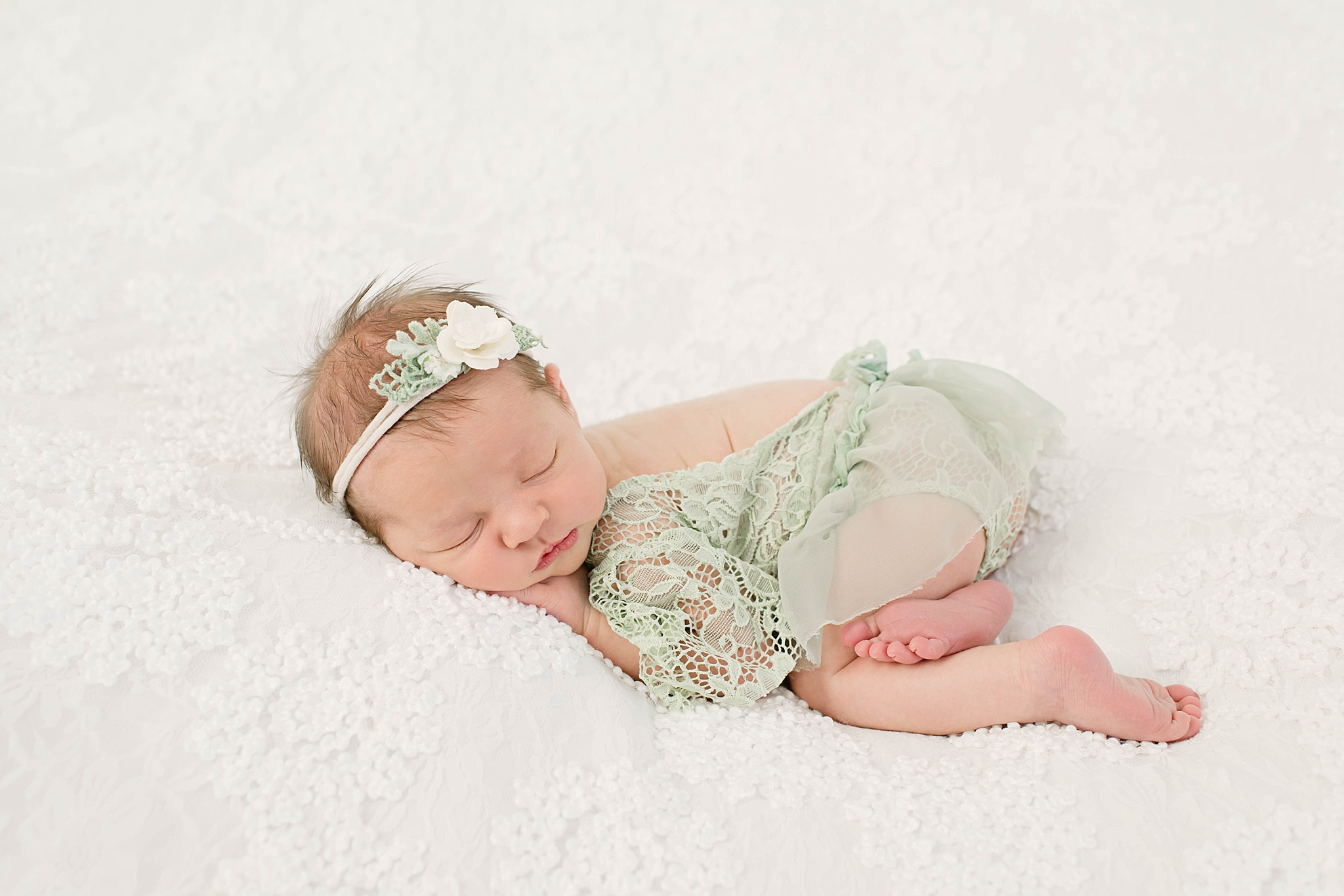 Centerville Ohio Newborn Photographer – Baby Ivy {newborn}