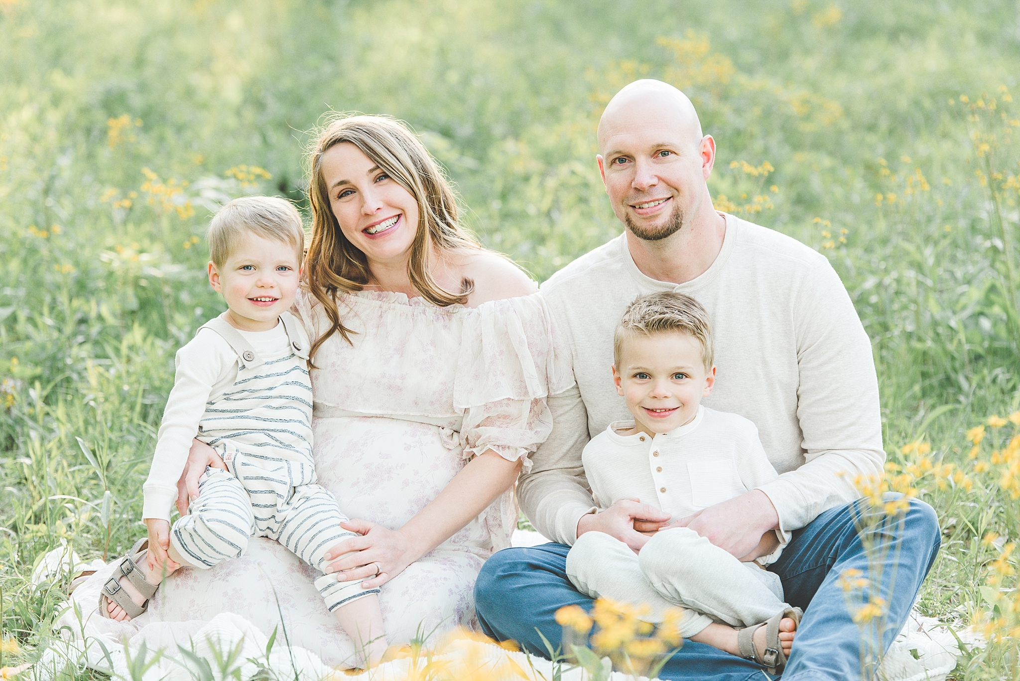 Springboro Ohio Maternity Photographer | The Crowley Family