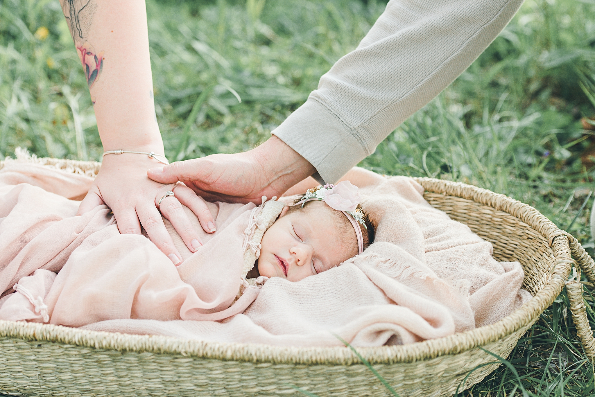 Centerville Ohio Newborn Photographer | The Ziesemer Family